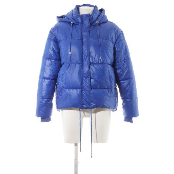 Urban Classics Winterjacke blau Street-Fashion-Look
