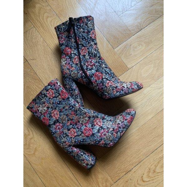 Uterqüe Boots mit Blumenmuster