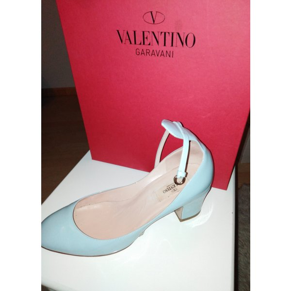 Valentino Garavani Tango Pumps 38