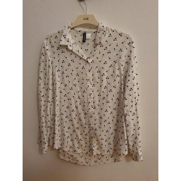 Weiße Bluse von H&M mit Kirschen