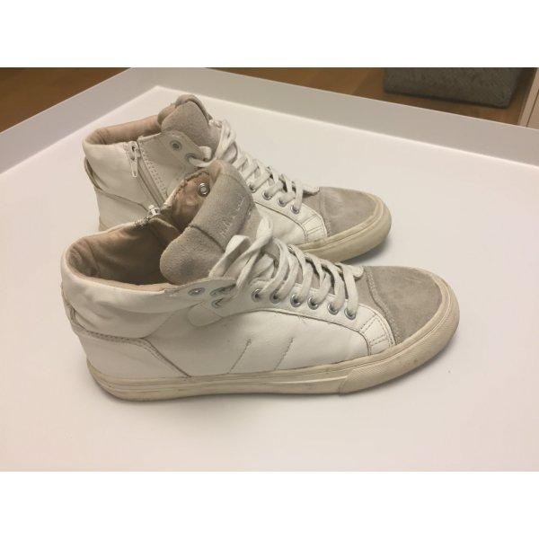 Weiße hohe Sneaker von Zara