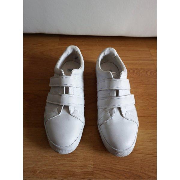 weiße Sneaker mit Klettverschluss von Asos