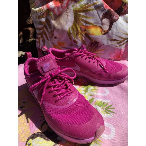 Wie neu! Nike Airmax Thea • fuchsia glow • NP 90,-