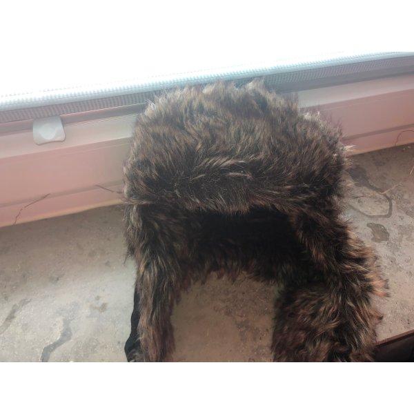 Cappello in pelliccia nero-marrone-nero