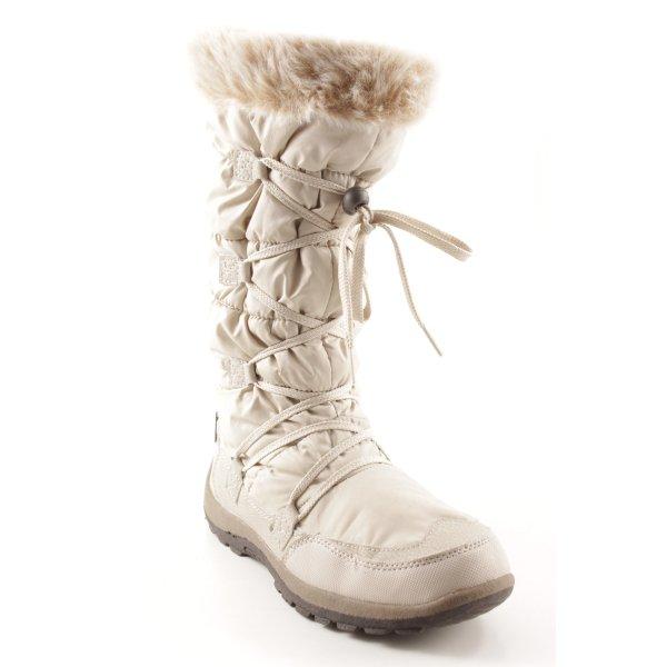 Winterstiefel creme Street-Fashion-Look