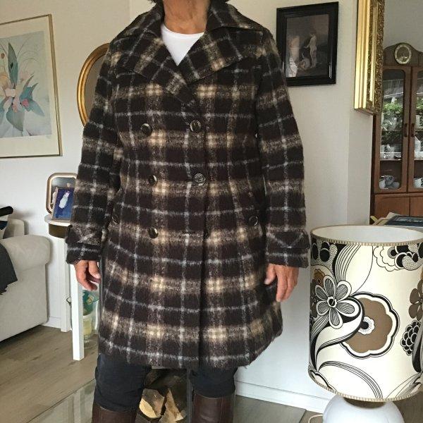 Wolliger Mantel Gr. XL kuschelig und schön