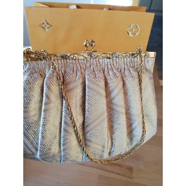 Wunderschöne Clutch in sanft-Gold Farbton