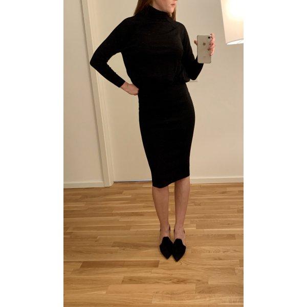 Wunderschönes körperbetontes schwarzes Kleid Zara NP: 59,95€