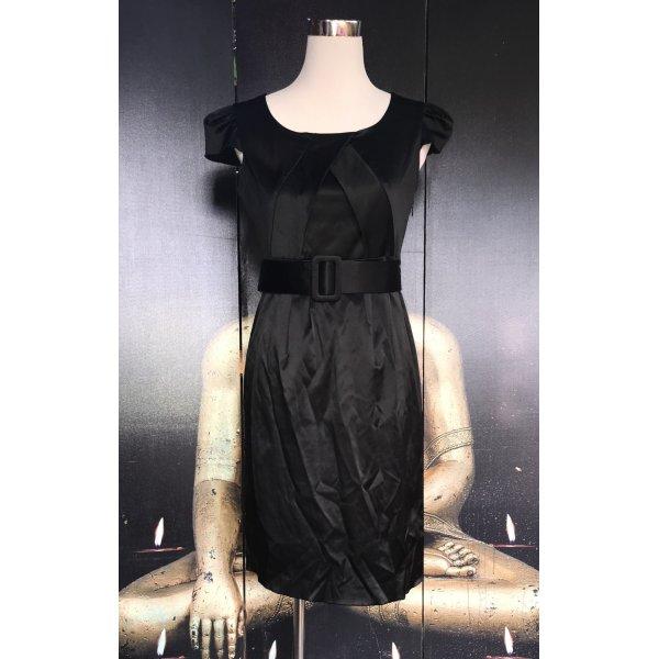Wunderschönes schwarzes Kleid von Jakes