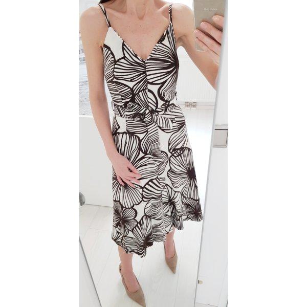 Zara Basic Kleid S mit Blumenmuster