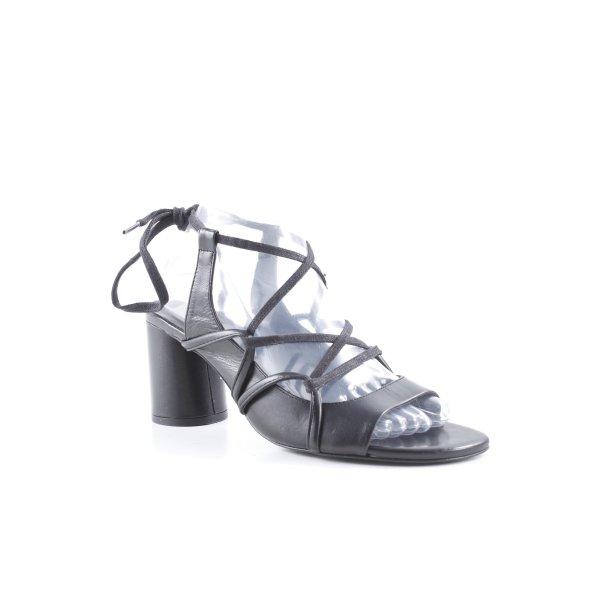 Zara Basic Outdoor-Sandalen schwarz Casual-Look