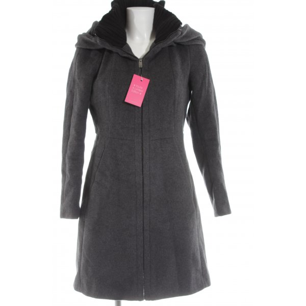 Zara Basic Wollmantel hellgrau meliert Street-Fashion-Look