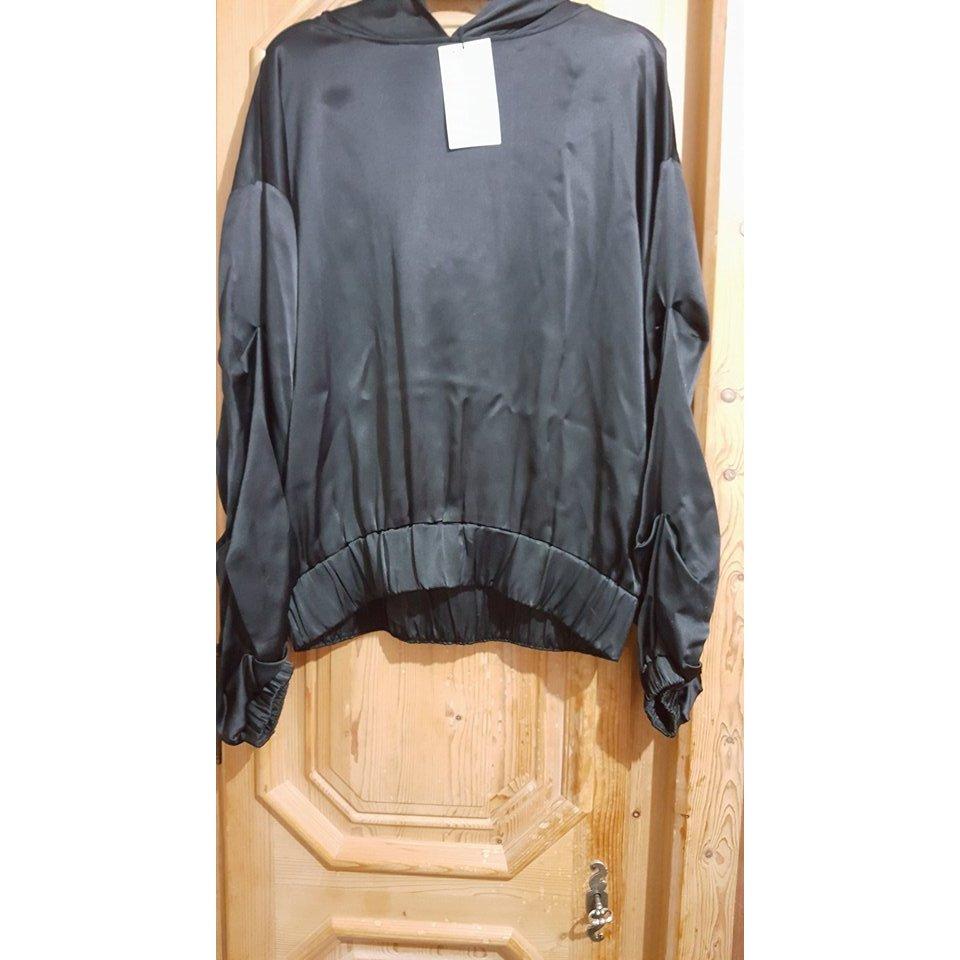 Zara Shirt met capuchon zwart