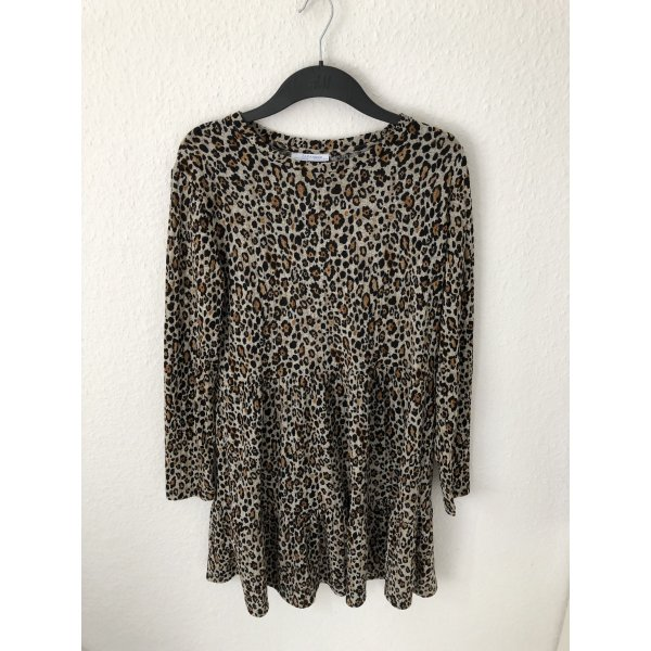 Zara Kleid mit Leopardenmuster und Volants