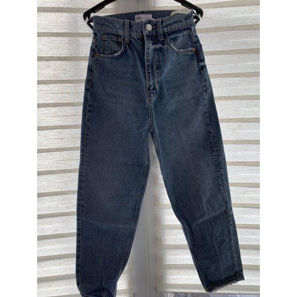 ZARA Mom Fit Jeans