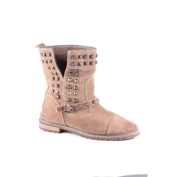 Zara Woman Boots hellbraun Street-Fashion-Look