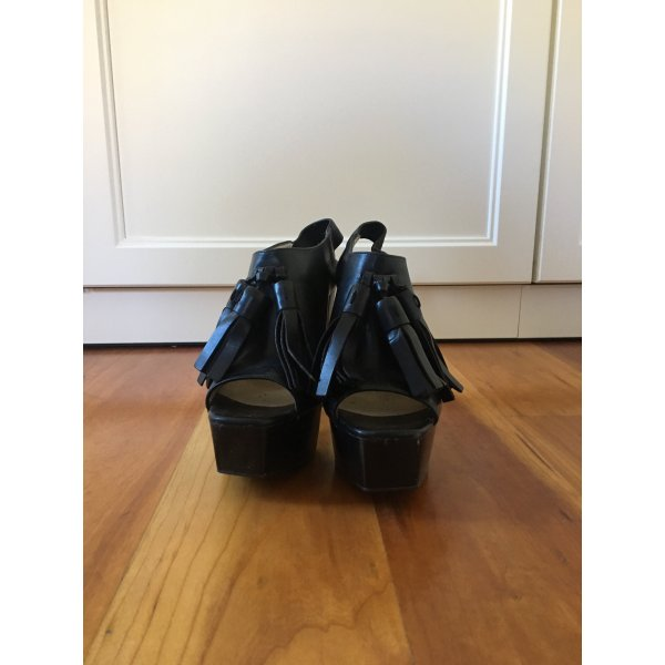 ZARA woman High Heels / Burberry style