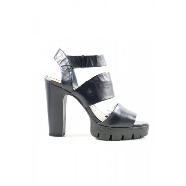 Zara Woman Plateau-Sandalen schwarz Elegant