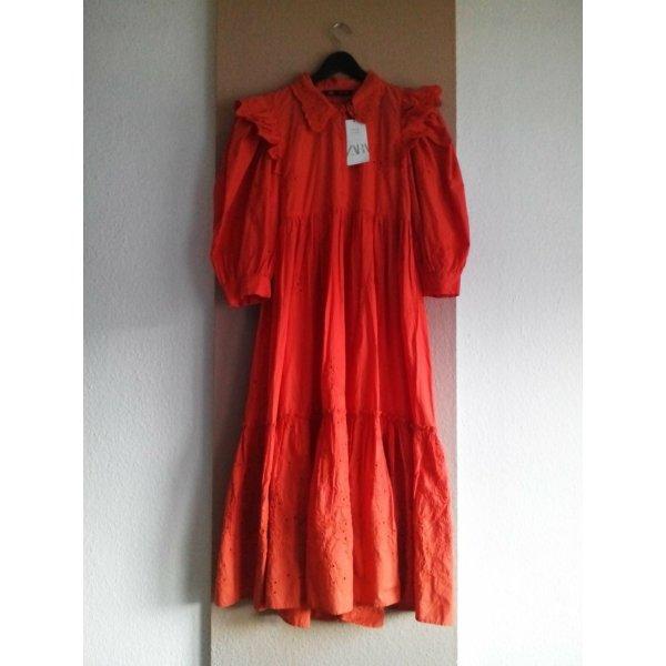 Zara wunderschönes Midikleid mit Lochstickerei aus 100% Baumwolle, Grösse L, neu