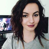 Lola_Stray